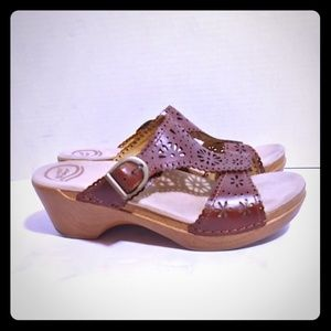 Dansko Brown leather sandals